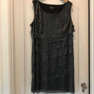 Fun Sparkly Black Party Dress, Size 18 👠